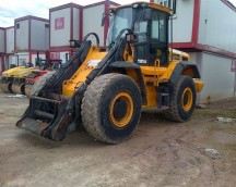 WHEEL LOADER TO 14.000 KG