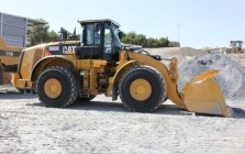 Big wheel loaders for construction